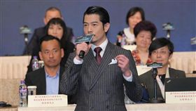 ▲郭富城昨出席活動默認老婆懷孕的消息。(圖/翻攝自微博)
