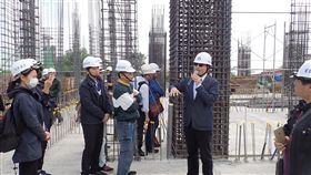 台南建案進行鋼筋技術訓練。(圖/建築安全履歷協會提供)