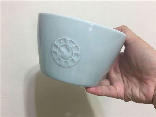 碗,馬桶,硬度,PTT 圖/翻攝自PTT