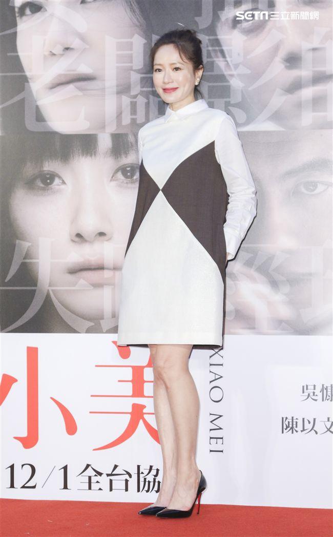 「小美」記者會女主角尹馨。(記者林士傑/攝影)