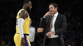 詹皇爆不甩教練 總裁魔術強森說話了 NBA,洛杉磯湖人,LeBron James,Luke Walton,Magic Johnson 翻攝自推特