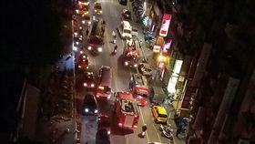 台北,萬華,青山宮,煙火,火警。翻攝自《我是萬華人》