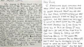 小女孩買嘸新鞋 暖男柯瑞親筆信回應 NBA,金州勇士,Stephen Curry,Under Armour,暖男 翻攝自推特