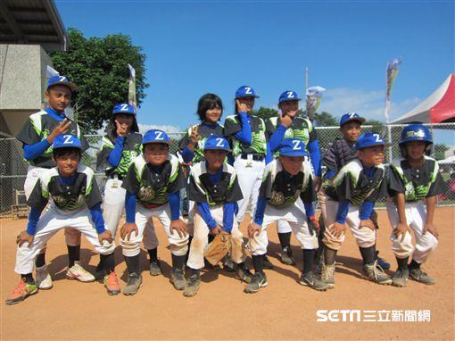 ▲台東錦屏國小在關懷盃首次打硬式棒球賽。(圖/記者蕭保祥攝影)
