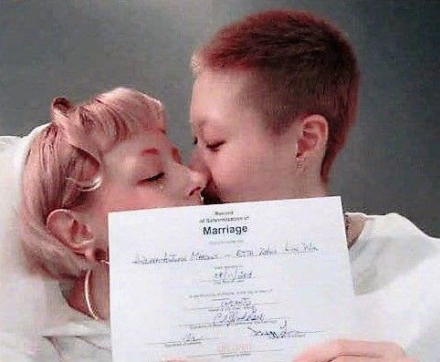 吳卓林與女友結婚後,吳綺莉也獻上祝福。(圖/翻攝自微博)