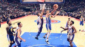 柯瑞復出!勇士三星合體飆分仍二連敗 NBA,金州勇士,Stephen Curry,傷癒,底特律活塞 翻攝自推特