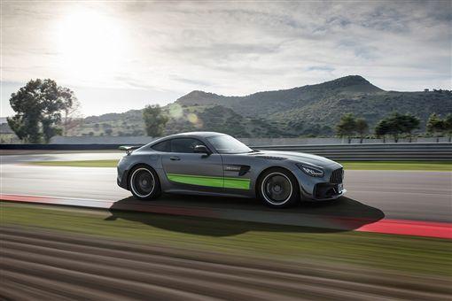AMG GT R Pro。(圖/翻攝網站)