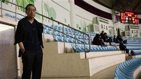 嚴凱泰今年1月現身球場(圖/中華籃協提供)