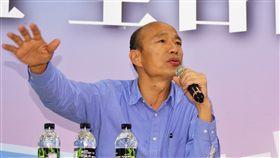 韓國瑜高雄受訪(2)高雄市長當選人韓國瑜29日在國民黨高雄市黨部召開記者會受訪,回應小內閣布局情形等相關議題,重申用人不分藍綠、無色彩和意識型態之分。中央社記者程啟峰高雄攝 107年11月29日