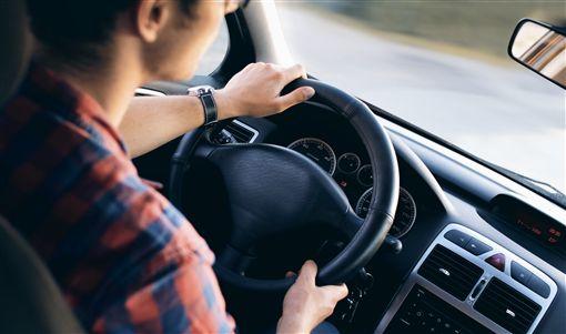 開車,停車,方向盤,車子(圖/翻攝自PIXABAY)
