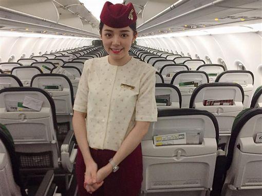 卡達航空,空姐,網紅,尖如(翻攝自clio1008 Instagram)