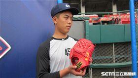 ▲平鎮高中15歲選手吳秉恩參加NIKE訓練營。(圖/記者蕭保祥攝影)