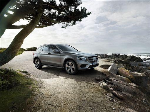 消費者搶破頭的GLC250 推出120萬40期的零利率方案。(圖/Mercedes-Benz提供)