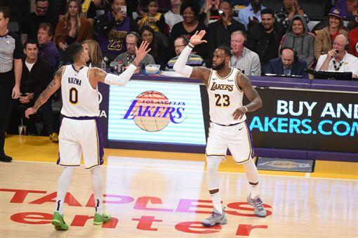 詹皇認老 庫茲馬諷:你拐杖忘在球場NBA,洛杉磯湖人,LeBron James,Kyle Kuzma,認老翻攝自推特