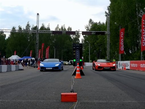Lamborghini Aventador Roadster VS Huracan Spyder(圖/翻攝網路)