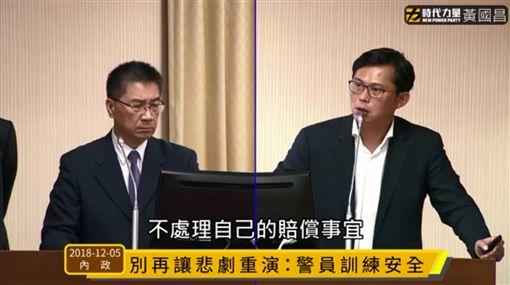 「他小孩不幸變植物人…」心碎父親的陳情 讓黃國昌哽咽了圖/翻攝自立法委員黃國昌臉書