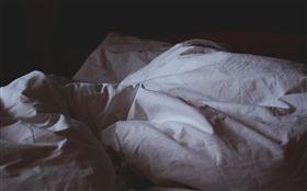 養生館,按摩床,鬼壓床,命案,黑影(圖/翻攝自pixabay)