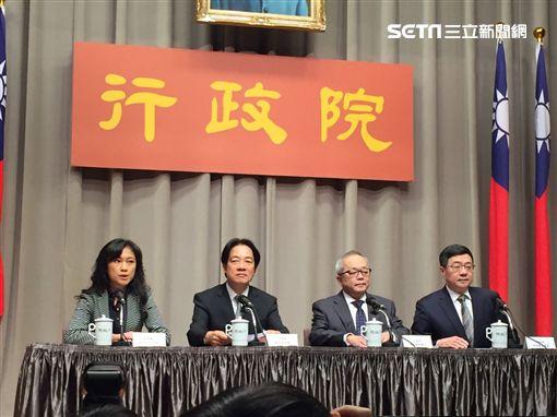 ▲行政院長賴清德召開記者會說明選後檢討結果。(圖/記者林仕祥攝)