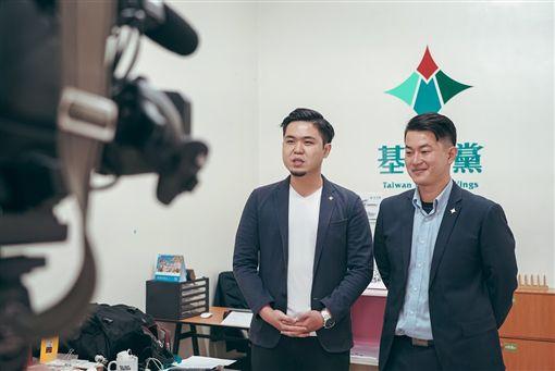 基進黨前三民區市議員候選人,現基進黨發言人陳柏惟將搬離高雄,基進黨提供。