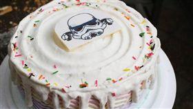 網友買到客製化蛋糕不滿怒PO網抱怨。