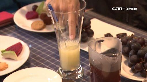 盧秀燕逛花海 揪吳萼洋行銷推「蜂蜜檸檬」