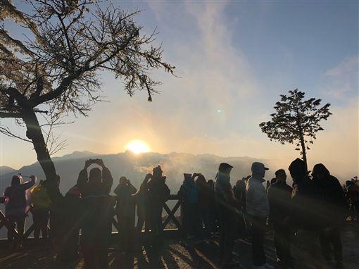 ▲阿里山祝山日出美景。(圖/阿里山林業鐵路及文化資產管理處提供)