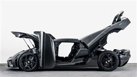 KNC碳纖維車體打造的Koenigsegg Regera。(圖/翻攝網站)