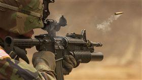 衝鋒槍,步槍,自動武器,射擊,武器,軍火(圖/翻攝自pixabay)