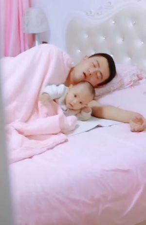 睡覺,打呼,求救,爸爸,齁聲(圖/翻攝自爆笑公社)
