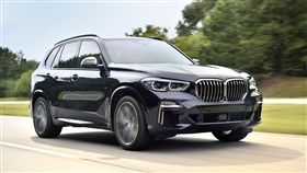 BMW X5 M50d。(圖/BMW提供)