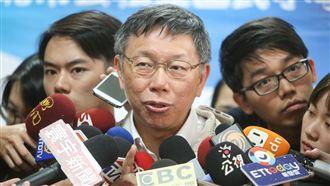 陳思宇參選「白綠開戰」 柯直呼一句