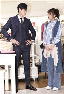 台視、三立偶像劇「你有念大學嗎?」女主角安心亞與男主角禾浩辰於拍片現場還原出對立的狀況。(記者林士傑/攝影)