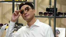 寶島眼鏡 謝祖武