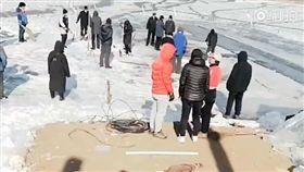 中國大陸,男子冬泳溺斃(圖/翻攝自看看新聞)
