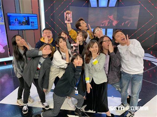 王心凌在《完全娛樂》招牌單元「犀利記者會」太掏心,一度變成「溫馨記者會」