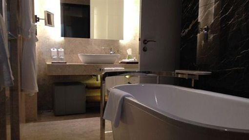 浴室、廁所、洗澡(圖/Pixabay)