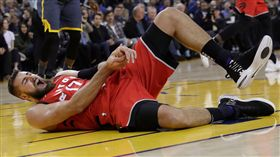 NBA/挨格林一掌 他得傷缺一個月 NBA,多倫多暴龍,Jonas Valanciunas 翻攝自推特