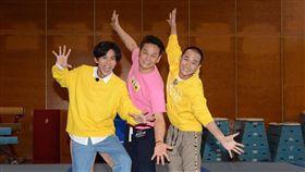徐乃麟參加「浩角翔起」主持的《綜藝新時代》錄影。(民視提供)