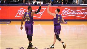 NBA/詹皇球哥同場大三元電黃蜂 NBA,洛杉磯湖人,LeBron James,Lonzo Ball,大三元 翻攝自推特
