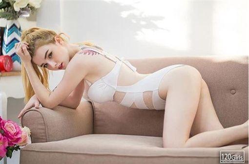 Jessie Vard(圖/IG)