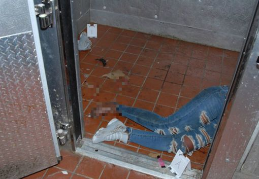 飯店開趴喝茫…19歲少女衝冰櫃活活凍死 母怒告求15億翻攝自《Hollywood Life》網站