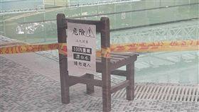 PTT,游泳池,鹽酸,漂白水,文組,理組。翻攝自PTT
