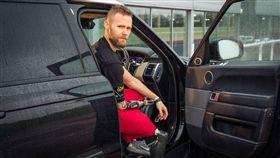 Jaguar Land Rover自動開門系統(圖/翻攝網路)