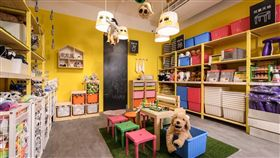 IKEA,台中百元店。