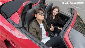 王宇婕開跑車倒追陳志強。
