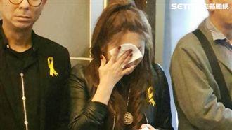 安迪告別式結束 王彩樺舉動逼哭網友