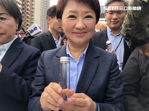 台中市長盧秀燕就職、林佳龍卸任/記者張雅筑攝