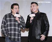 三立新八點台劇「炮仔聲」首映會,林在培與徐亨的鬥嘴讓所有演員大笑。(記者林士傑/攝影)