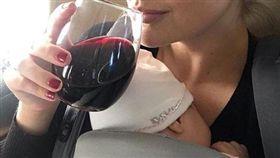 凱特奧普頓,美國波神,哺乳,喝酒(圖/翻攝自凱特奧普頓IG)
