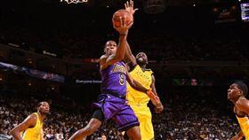 NBA/無詹皇湖人末節爆氣血洗勇士 NBA,洛杉磯湖人,Rajon Rondo 翻攝自推特